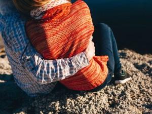 couple-romantic-hug