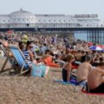 569 Prescribing holidays 'could help fight infections'